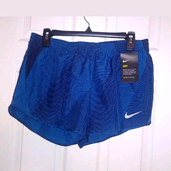 Nike Pants - Nike Ladies Running Shorts Size Medium